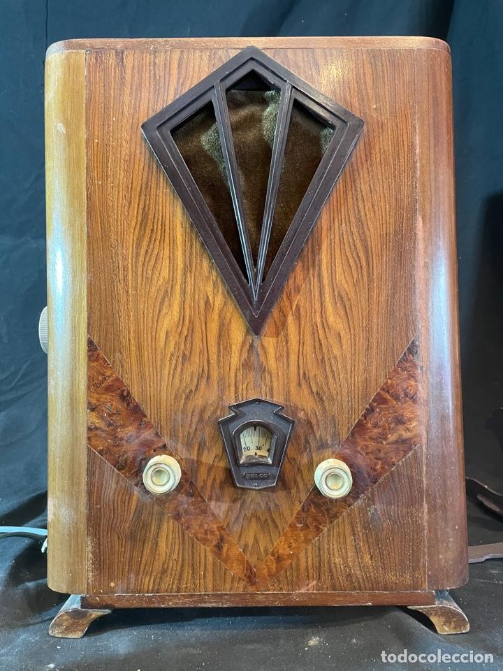 ANTIGUA RADIO DE CAPILLA 45X 31 (Radios, Gramófonos, Grabadoras y Otros - Radios de Válvulas)