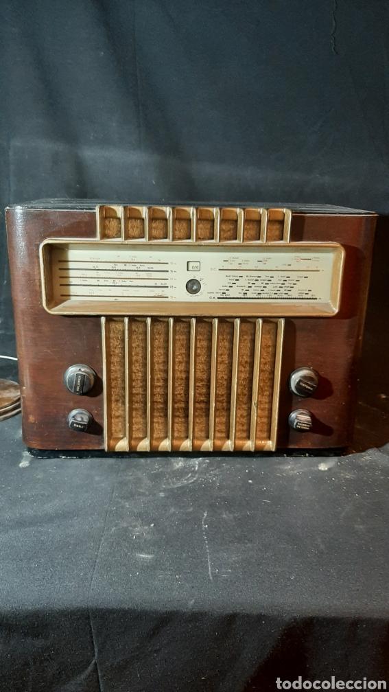 ANTIGUA RADIO DE VÁLVULAS G.MARCONI DE 35X24 X 49 CM (Radios, Gramófonos, Grabadoras y Otros - Radios de Válvulas)