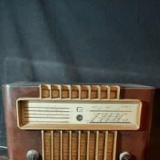 Radio a valvole: ANTIGUA RADIO DE VÁLVULAS G.MARCONI DE 35X24 X 49 CM. Lote 263679365