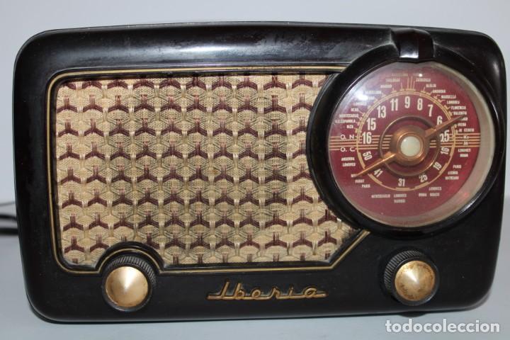 IBERIA RADIO S.A MODELO B-32 (Radios, Gramófonos, Grabadoras y Otros - Radios de Válvulas)