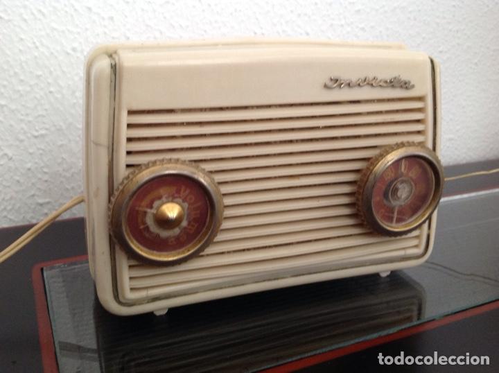 ANTIGUA RADIO INVICTA MODELO 4213 FUNCIONANDO (Radios, Gramófonos, Grabadoras y Otros - Radios de Válvulas)