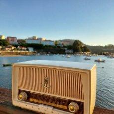Radios de válvulas: ANTIGUA RADIO GRUNDIG 1959 EN ESTADO DE COLECCIÓN. Lote 268400944