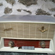Radios de válvulas: RADIO ANTIGUA IBERIA FB 1063 6 VALVULAS. Lote 270166263