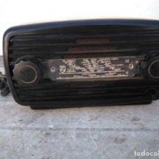 Radios à lampes: ANTIGUA RADIO DE VALVLA FUNCIONANDO. Lote 275543683