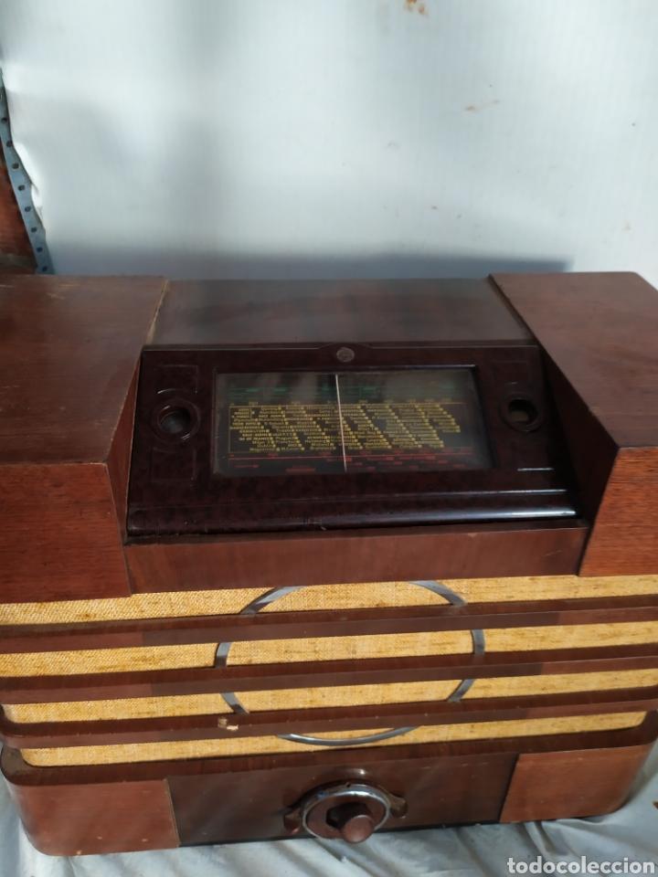 Radios de válvulas: Impresionante radio antigua de válvulas frontal extraíble rarísima - Foto 4 - 276151103