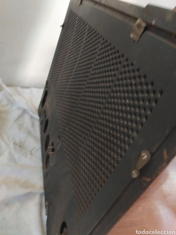 Radios de válvulas: Impresionante radio antigua de válvulas frontal extraíble rarísima - Foto 6 - 276151103