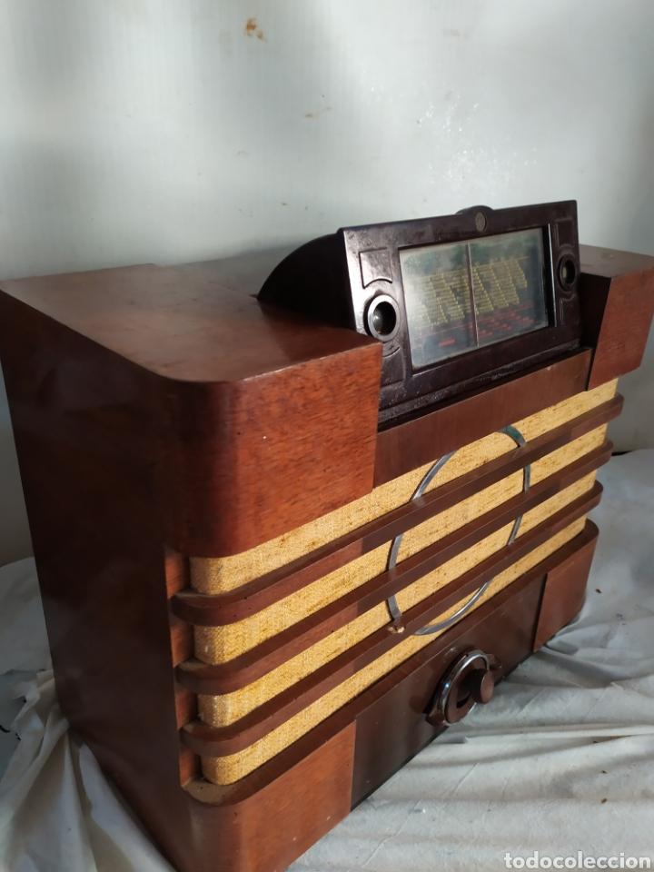 IMPRESIONANTE RADIO ANTIGUA DE VÁLVULAS FRONTAL EXTRAÍBLE RARÍSIMA (Radios, Gramófonos, Grabadoras y Otros - Radios de Válvulas)