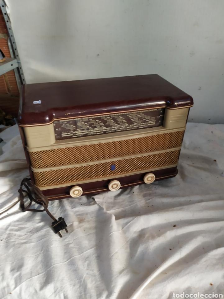 ANTIGUA RADIO DE VÁLVULAS (Radios, Gramófonos, Grabadoras y Otros - Radios de Válvulas)