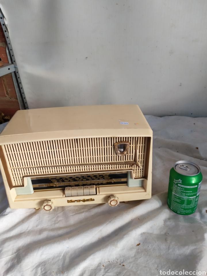 ANTIGUA RADIO DE VÁLVULAS BAQUELITA (Radios, Gramófonos, Grabadoras y Otros - Radios de Válvulas)