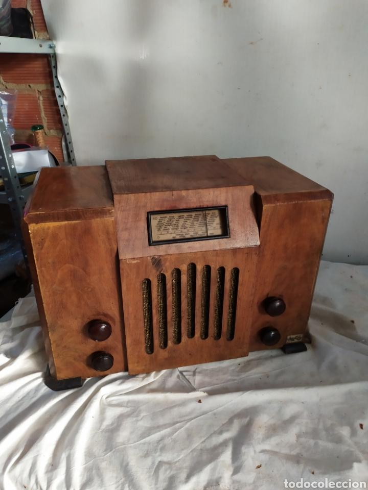 ESPECTACULAR RADIO ANTIGUA DE VÁLVULAS MUY RARA (Radios, Gramófonos, Grabadoras y Otros - Radios de Válvulas)