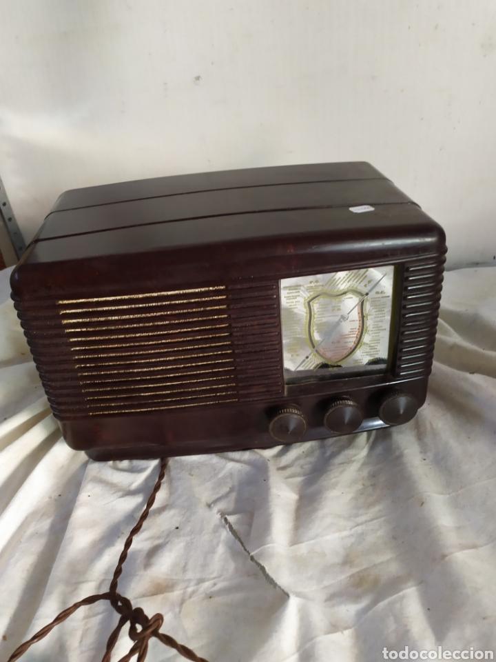 PRECIOSA RADIO ANTIGUA DE VÁLVULAS SONORA (Radios, Gramófonos, Grabadoras y Otros - Radios de Válvulas)