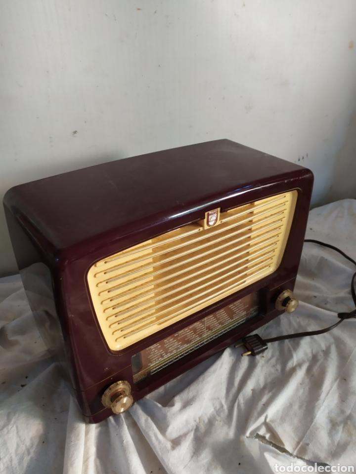 Radios de válvulas: Antigua radio de válvulas Philips - Foto 2 - 276151588