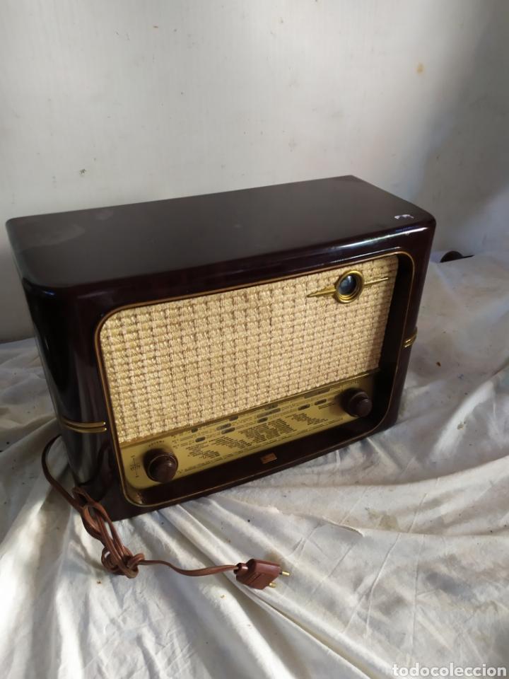MARAVILLOSA RADIO ANTIGUA DE VÁLVULAS (Radios, Gramófonos, Grabadoras y Otros - Radios de Válvulas)