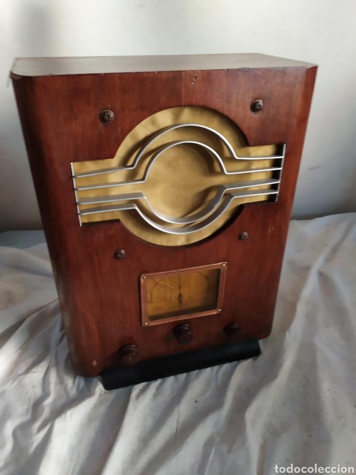 Radios de válvulas: Impresionante radio antigua de válvulas - Foto 2 - 276152678