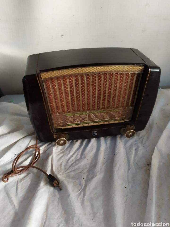 ANTIGUA RADIO PEINETA PHILIPS DE VÁLVULAS (Radios, Gramófonos, Grabadoras y Otros - Radios de Válvulas)