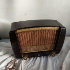 Radios de válvulas: ANTIGUA RADIO PEINETA PHILIPS DE VÁLVULAS. Lote 276152898