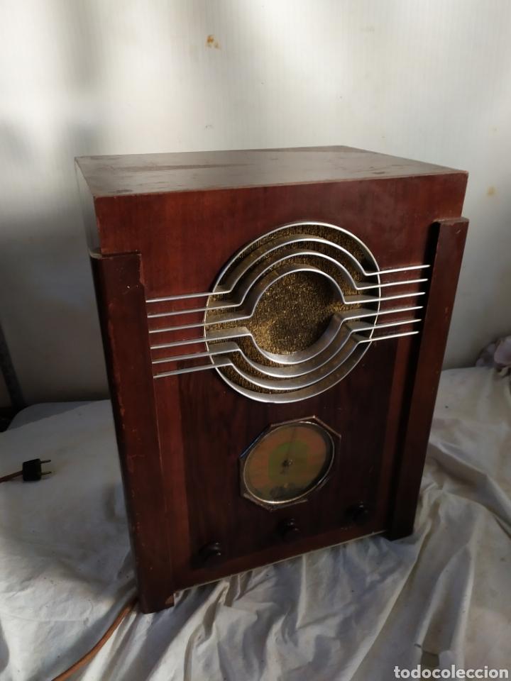 ESPECTACULAR RADIO DE CATEDRAL DE VÁLVULAS (Radios, Gramófonos, Grabadoras y Otros - Radios de Válvulas)