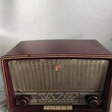 Radios de válvulas: RADIO DE VÁLVULAS ANTIGUA PHILIPS. Lote 276153273