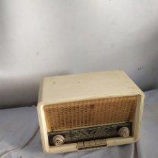 Radios de válvulas: ANTIGUA RADIO PEQUEÑA DE VÁLVULAS PHILIPS. Lote 276154478