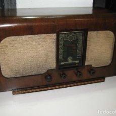 Radios de válvulas: RADIO ANTIGUA FRANCESA. MONOPOLE QUALITÉ.. Lote 276400168