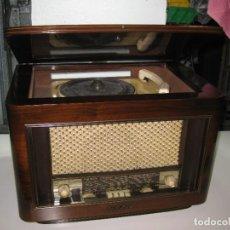 Radios de válvulas: RADIO TOCADISCO ANTIGUA FRANCESA. POINT BLEU. Lote 276405568