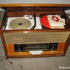 Radios de válvulas: GRAN RADIO TOCADISCO ANTIGUA FRANCESA. DUCRETET THOMSON.. Lote 276407148