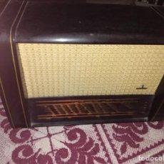 Radios de válvulas: RADIO DE VÁLVULAS SIEMENS SPEZIALSUPER 52. Lote 276435458