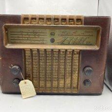 Radios de válvulas: RADIO G. MARCONI. PARA ARREGLAR. MEDIDAS APROXIMADAS: 39 X 35 X 25 CM. VER FOTOS.. Lote 276669283
