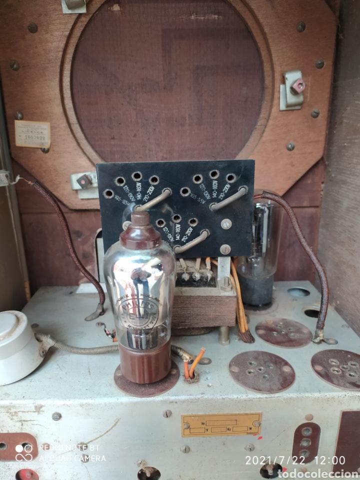Radios de válvulas: Antigua radio de capilla - Foto 6 - 276798233