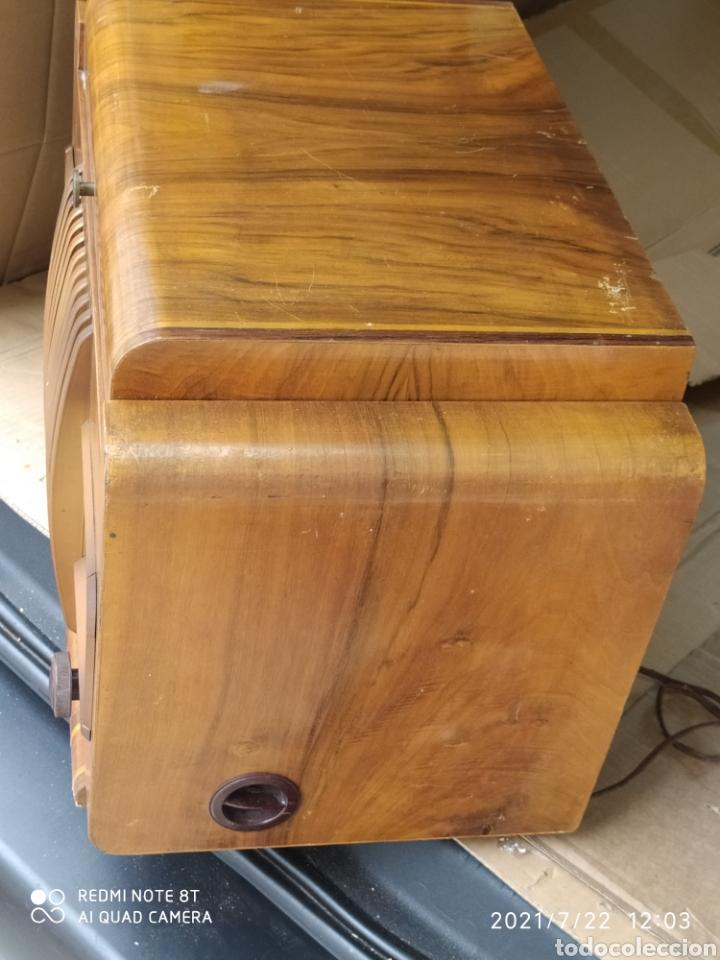Radios de válvulas: Espectacular radio antigua - Foto 4 - 276799233