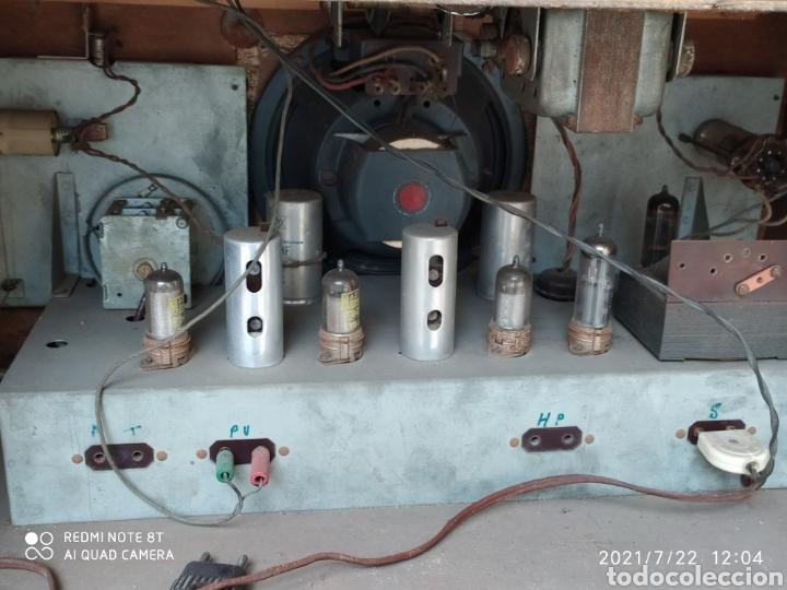 Radios de válvulas: Espectacular radio antigua - Foto 6 - 276799233