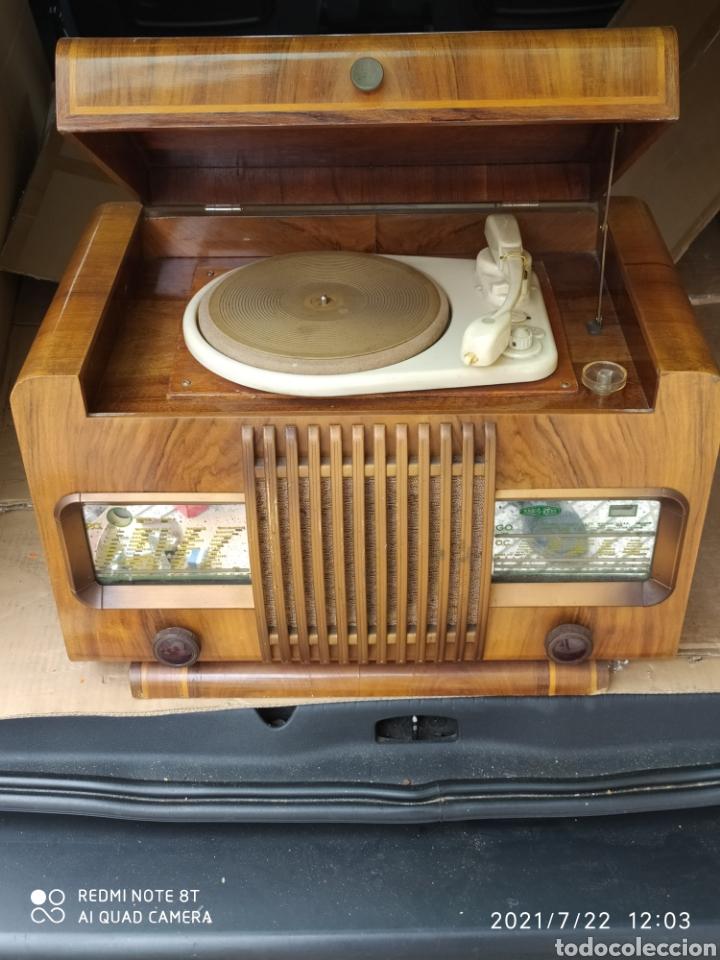 ESPECTACULAR RADIO ANTIGUA (Radios, Gramófonos, Grabadoras y Otros - Radios de Válvulas)