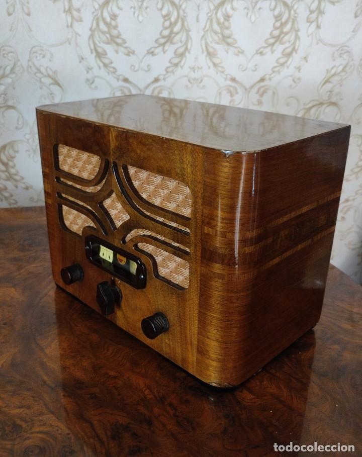 RADIO ANTIGUA DE MADERA PHILIPS AÑOS 20 30 CASI A ESTRENAR RARISIMA UNICA!!! (Radios, Gramófonos, Grabadoras y Otros - Radios de Válvulas)