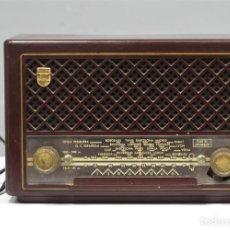 Radios de válvulas: RADIO. PHILIPS. MOD. BE-212-U. FUNCIONA. Lote 277154438
