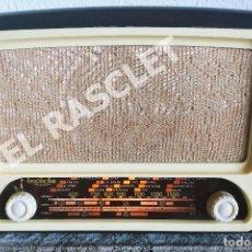 Radios de válvulas: ANTIGÜA RADIO VALVULAS INVICTA MOD.5320 - AÑOS 50 SIGLO XX FUNCIONA A 220V. Lote 277170773