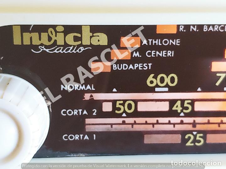 Radios de válvulas: ANTIGÜA RADIO VALVULAS INVICTA MOD.5320 - AÑOS 50 SIGLO XX FUNCIONA A 220V - Foto 2 - 277170773