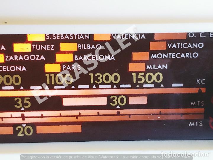 Radios de válvulas: ANTIGÜA RADIO VALVULAS INVICTA MOD.5320 - AÑOS 50 SIGLO XX FUNCIONA A 220V - Foto 4 - 277170773