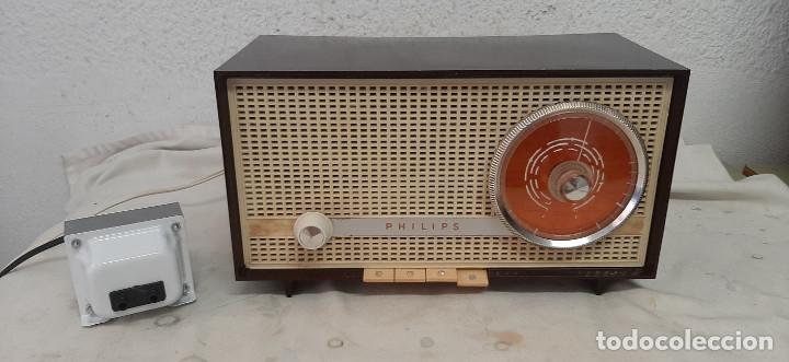 RADIO A VALVULAS PHILIPS B2E14A (Radios, Gramófonos, Grabadoras y Otros - Radios de Válvulas)