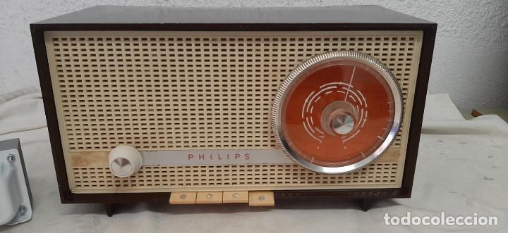 Radios de válvulas: RADIO A VALVULAS PHILIPS B2E14A - Foto 2 - 277289373