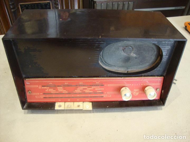 ANTIGUA RADIO VALVULAS DE MADERA PHILIPS VER FOTOS PARA PIEZAS O RESTAURAR (Radios, Gramófonos, Grabadoras y Otros - Radios de Válvulas)