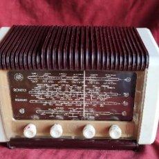 Radios de válvulas: RADIO SCHNEIDER RONDO 1953, BI TENSION 125/220V. BUEN ESTADO, VER FOTOS Y DESCRIPCION. Lote 279509713