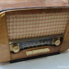 Radios de válvulas: ANTIGUA RADIO DE VÁLVULAS LE PETIT BALLET MIVER RADIO. Lote 280367028