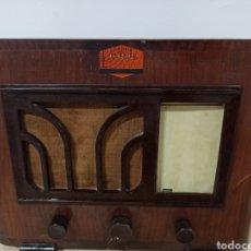 Radios à lampes: BONITA RADIO PHILIPS DE VÁLVULAS + 1 VÁLVULA DE REGALO. Lote 287015183