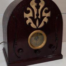 Radios à lampes: ANTIGUA RADIO DE CAPILLA. Lote 287061638