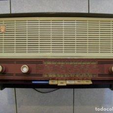Radios à lampes: RADIO PHILIPS FRANCÉS MOD B3F 01A AÑO 1960 FUNCIONA!! POR FAVOR LEAN TODO. Lote 287219528