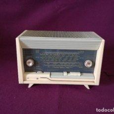 Radios à lampes: TECNOLOGÍA VINTAGE, RADIO DE VÁLVULAS, CALYPSO, FUNCIONANDO, A REVISAR, UNOS 46 X 30 X 22 CMS.. Lote 287266953