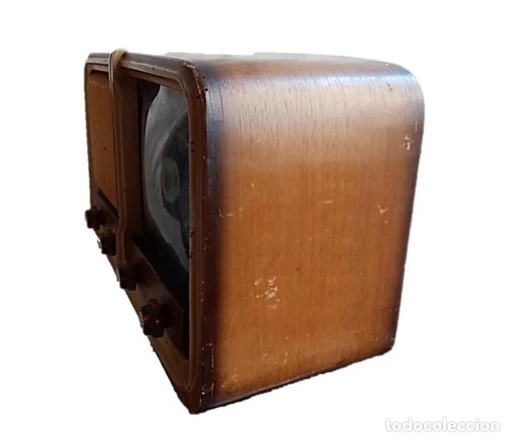 Radios de válvulas: RADIO MAGESTIC MODELO COPPELIA AÑOS 40 - Foto 2 - 287546143