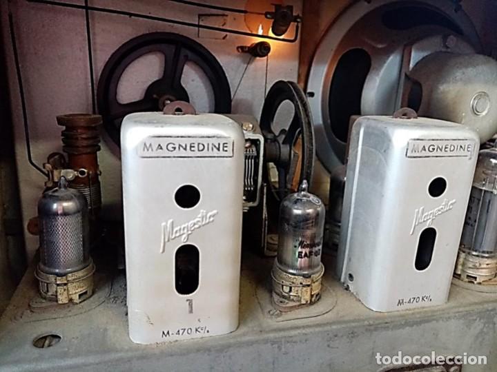 Radios de válvulas: RADIO MAGESTIC MODELO COPPELIA AÑOS 40 - Foto 6 - 287546143