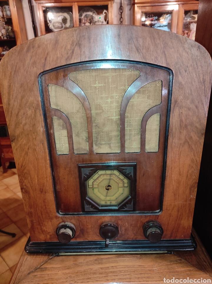 ANTIGUA RADIO DE VÁLVULAS PHILIPS 534 A - TIPO CAPILLA - LEER DESCRIPCIÓN - (Radios, Gramófonos, Grabadoras y Otros - Radios de Válvulas)
