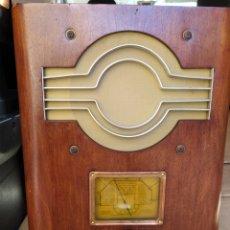 Radio a valvole: PRECIOSA RADIO DE CAPILLA. Lote 290963228